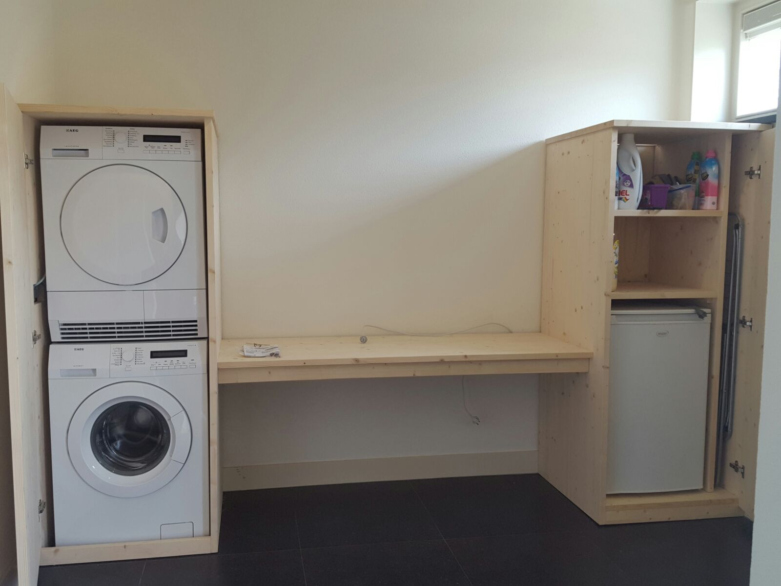 Ernsten Timmerwerk | Kast voor wasapparatuur